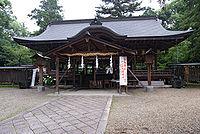 大和神社・拝殿